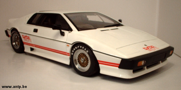 Lotus Esprit Turbo Autoart